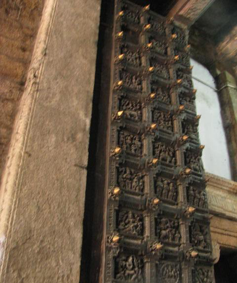 Papanasam Temple Door